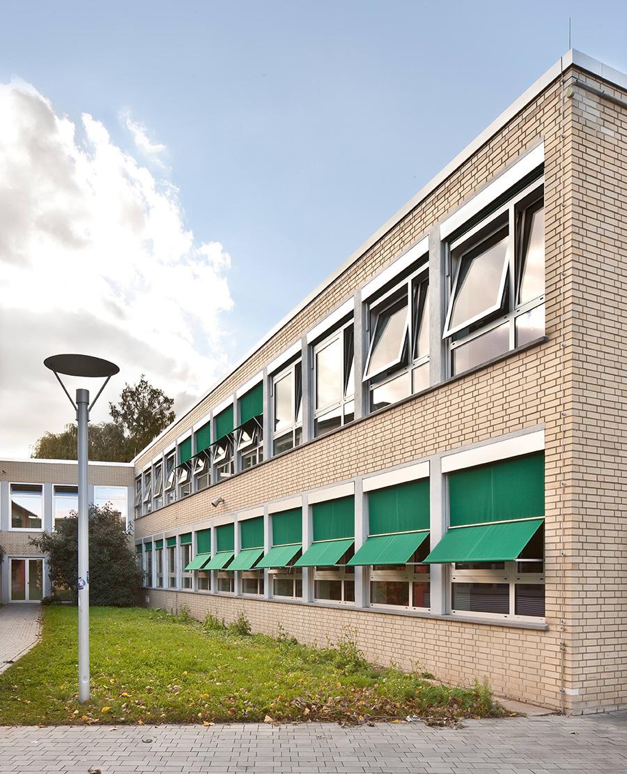 architekt-rettberg-friedrich-ebert-gymnasium-aussen2