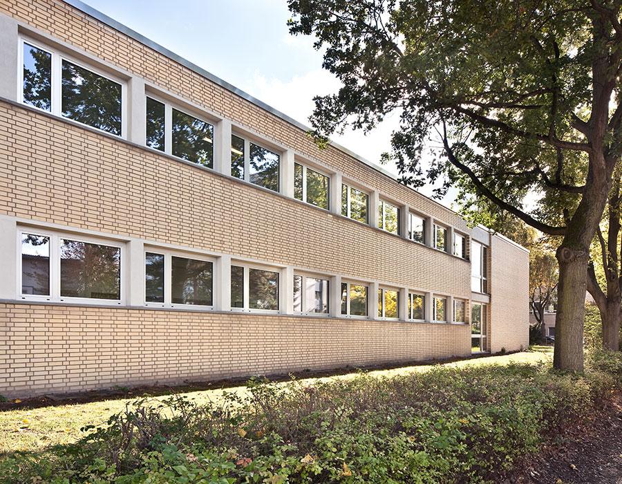 architekt-rettberg-friedrich-ebert-gymnasium-aussen1